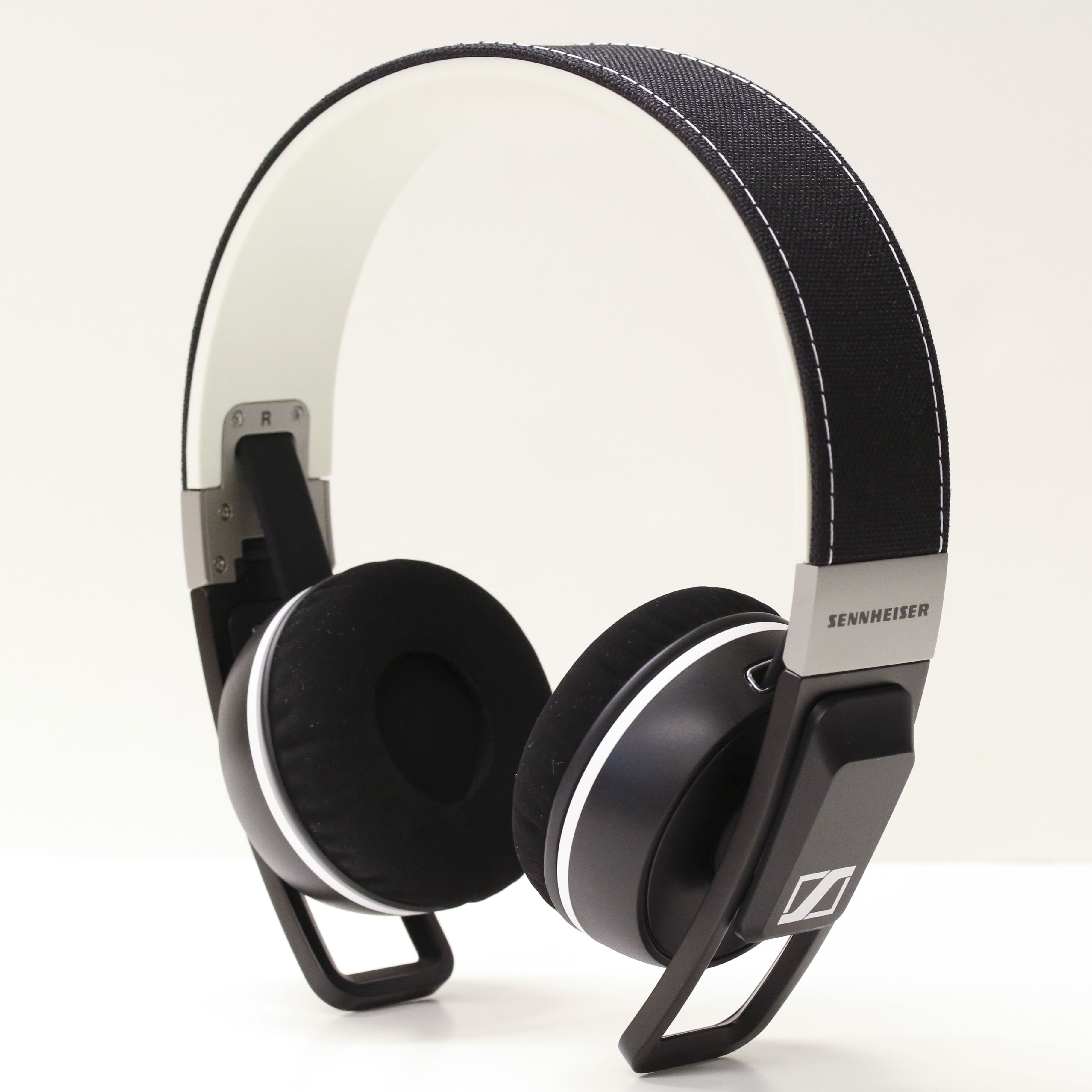 b3a7a0fcd54 Sennheiser Urbanite XL | Sennheiser Urbanite VS. Momentum On-Ear .