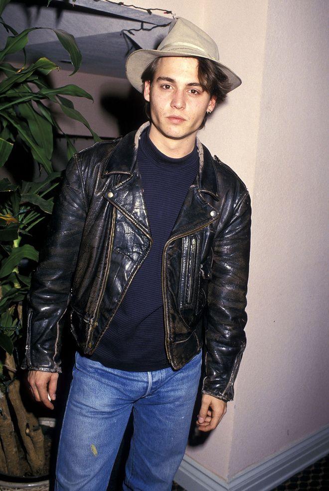 Le style Nineties de Johnny Depp, jean, chapeau, perfecto en cuir
