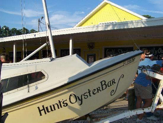 Hunt S Oyster Bar Seafood Restaurant Panama City Panama Getaway Places Panama City Florida