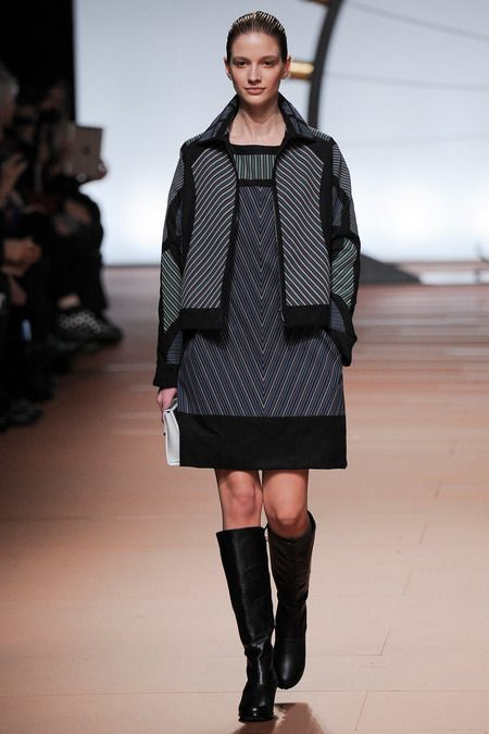 Issey Miyake | Fall 2014 Ready-to-Wear Collection | Style.com