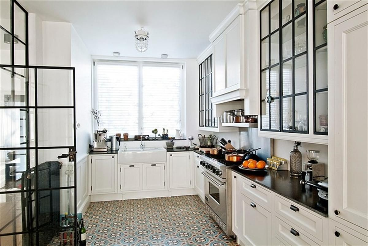 Kitchen floor tiles with white cabinets gorski home for White floor tile kitchen