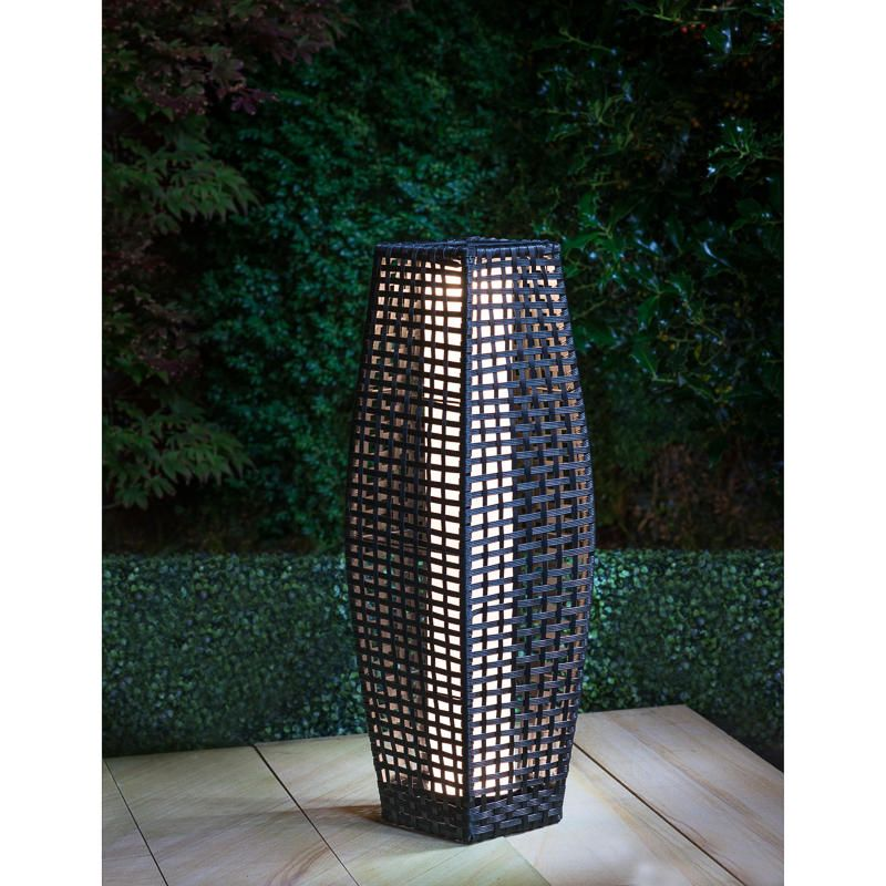 Rattan Garden Floor Lamp   Perfect For Adding A Unique Ambience To Your  Garden Or Home