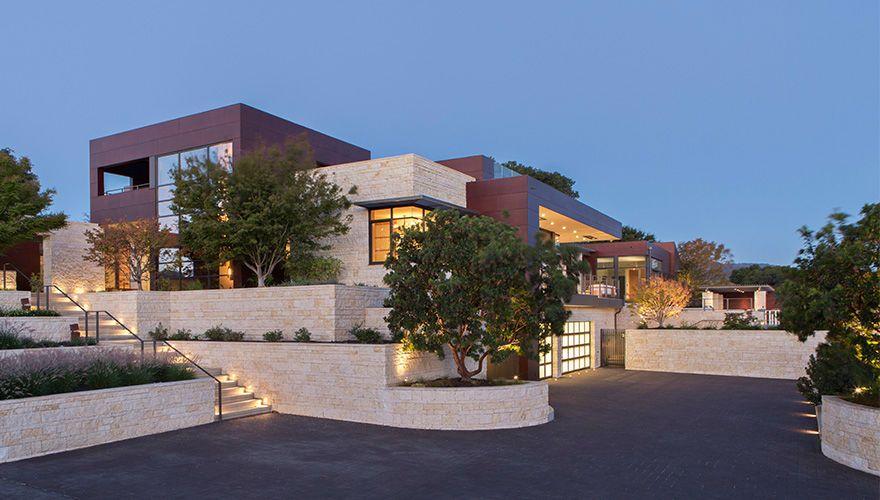 Contemporary Single Family Home in the Saratoga Hills