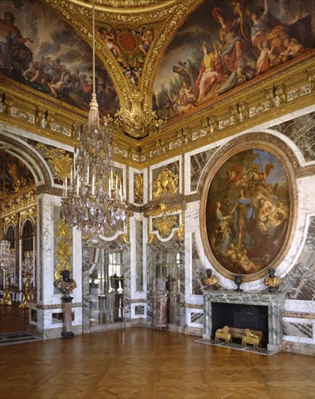 Walls Were Also Used As A Canvas To Artistic Work At The Baroque Period Like You Can See In This Image Very Beautiful Art With All Colours