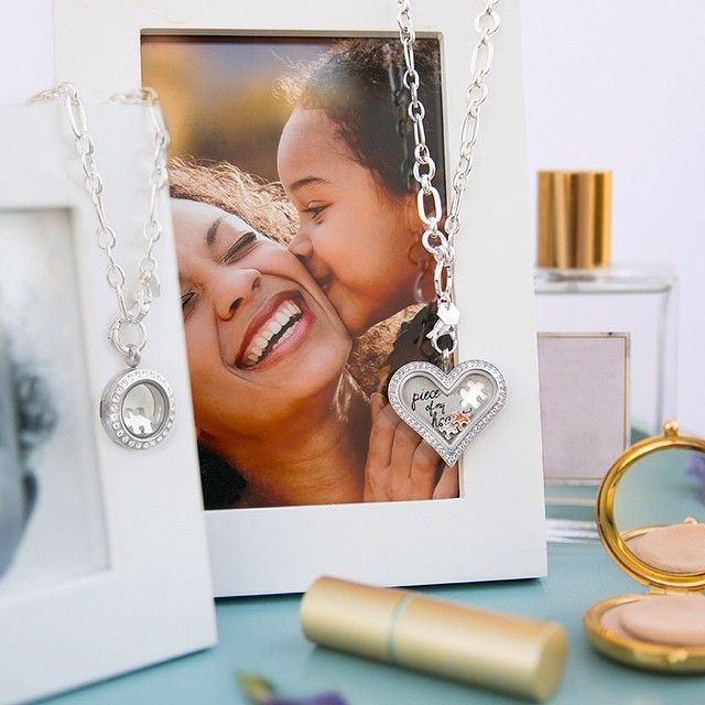 """""""The Mother + Daughter: They're inseparable and the best of friends. #OrigamiOwl #ValentinesDay #InstaFamily"""""""