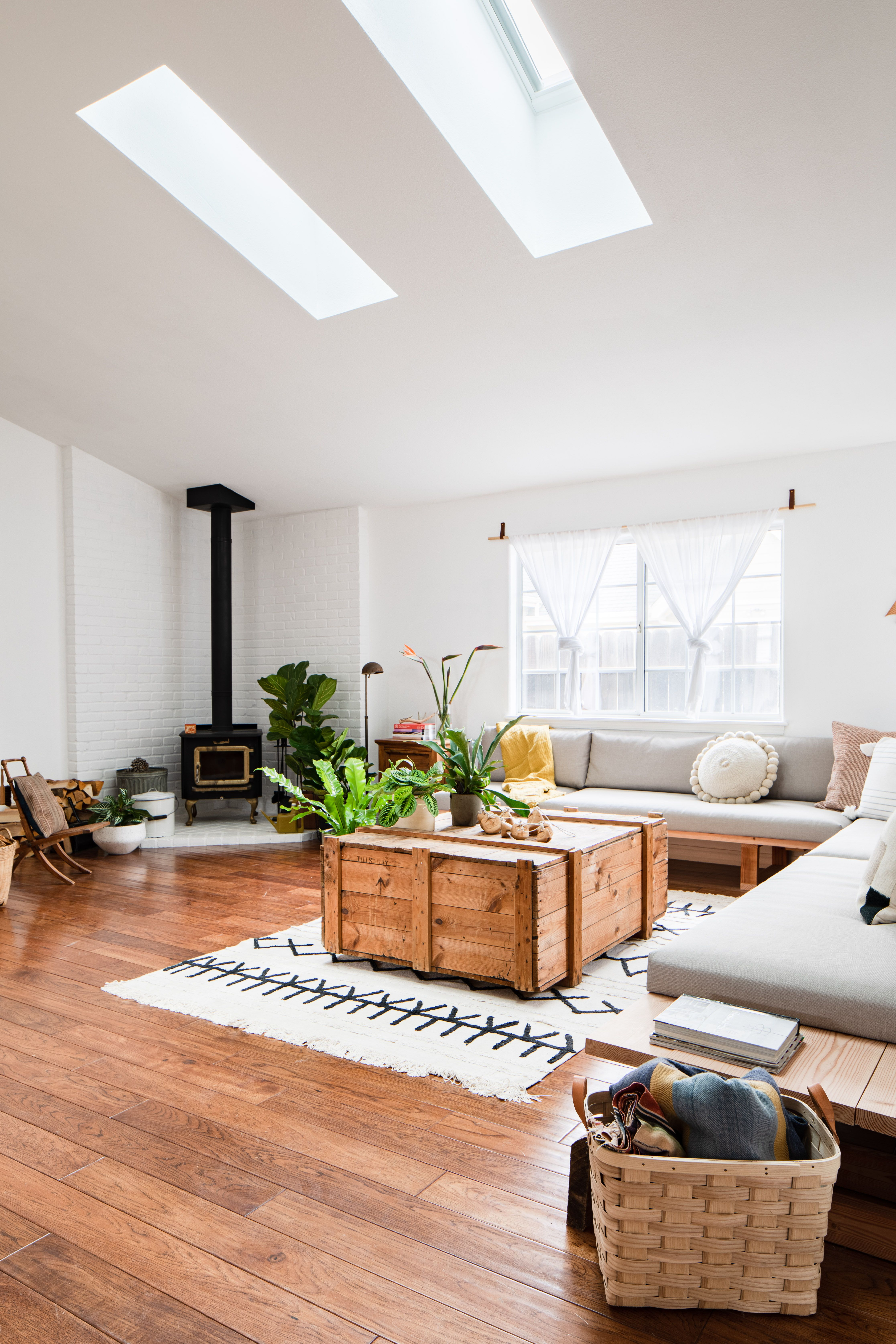 California Style Gets A Natural Light Boost In 2020 Skyl