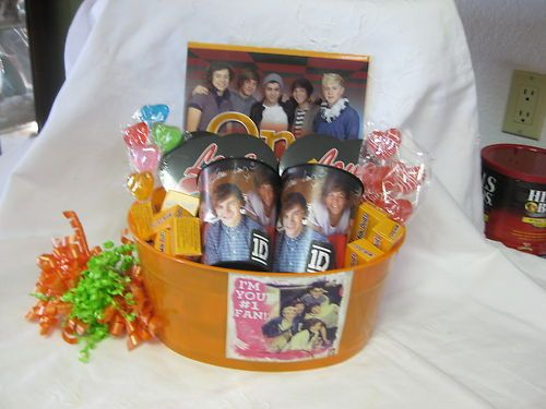 ONE DIRECTION VALENTINE GIFT BASKET