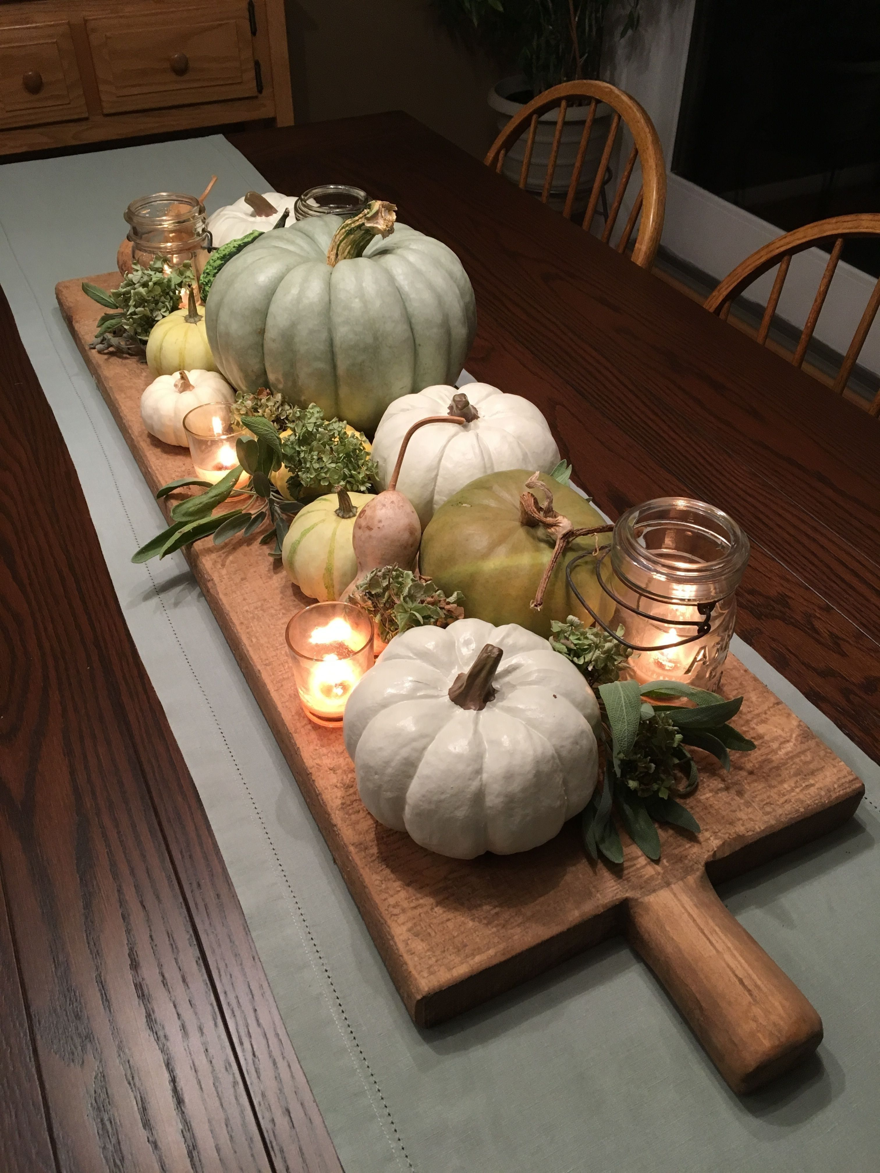 Most Amazing Farmhouse Table Centrepiece Design Ideas 02 #herfstdecoraties