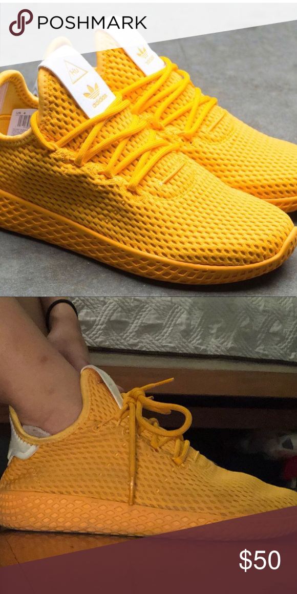 9e4634eb6e783 Pharrell Williams x Adidas Gold Adidas super light weight and comfortable. adidas  Shoes Sneakers