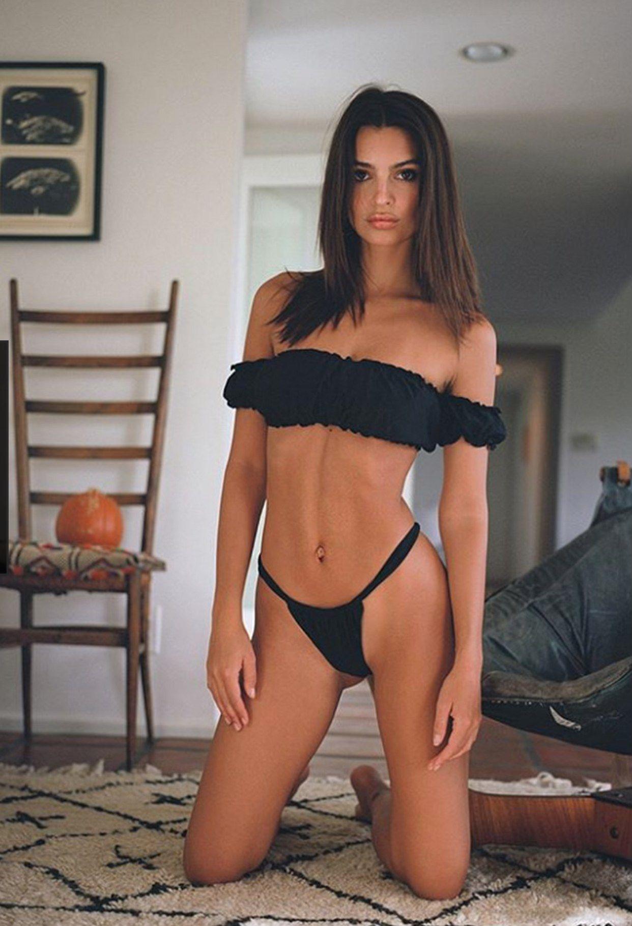 Pin by Mike sullivan on bikinies | Emily ratajkowski outfits, Swimsuits hot, Emily ratajkowski