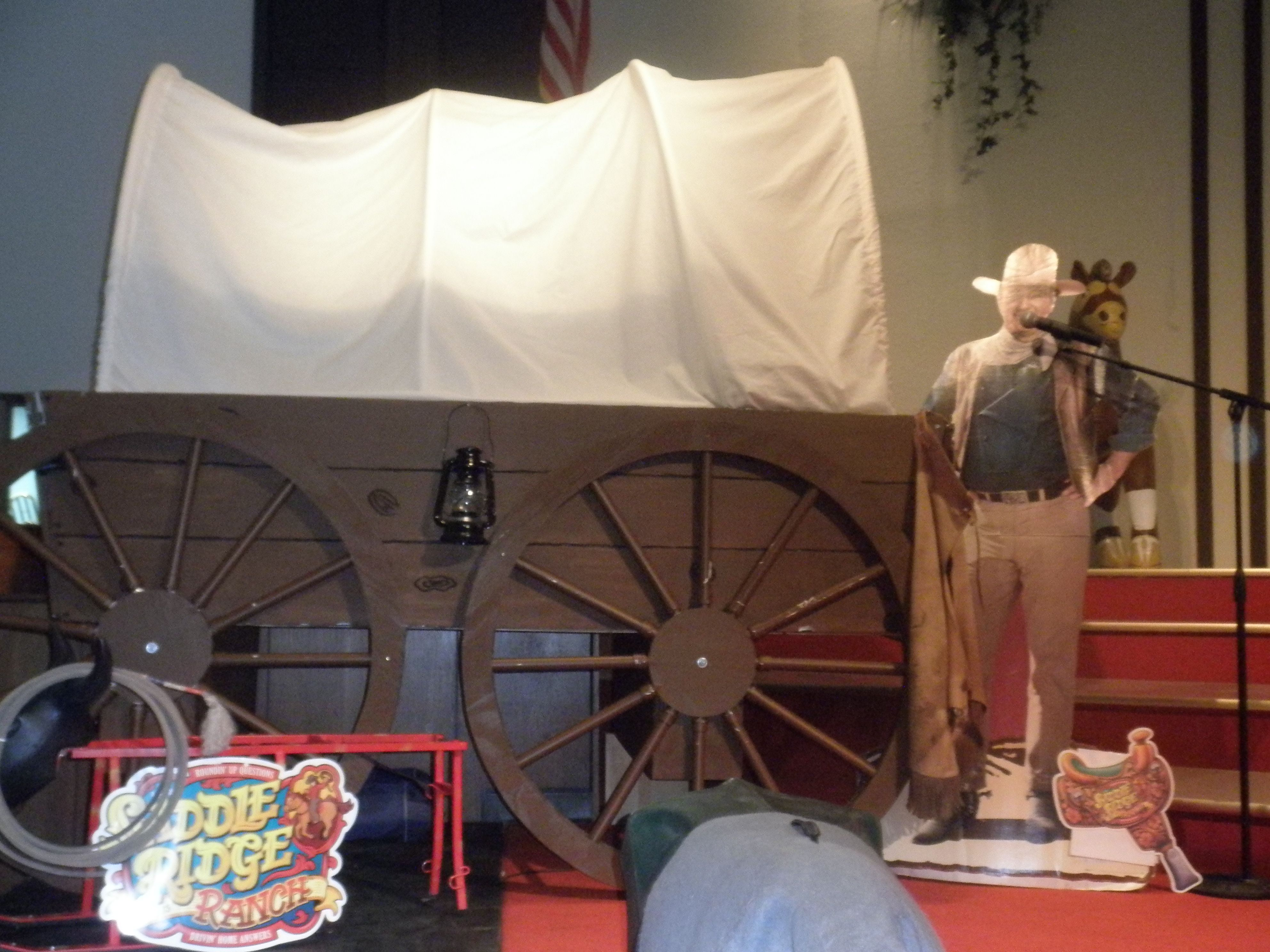 Saddle Ridge Ranch Decorations. VBS 2010 | VBS Western ...