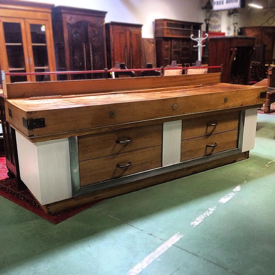 meuble de m tier billot de boucher des ann es 50 vendu auvieuxchaudron antiques antiquites. Black Bedroom Furniture Sets. Home Design Ideas
