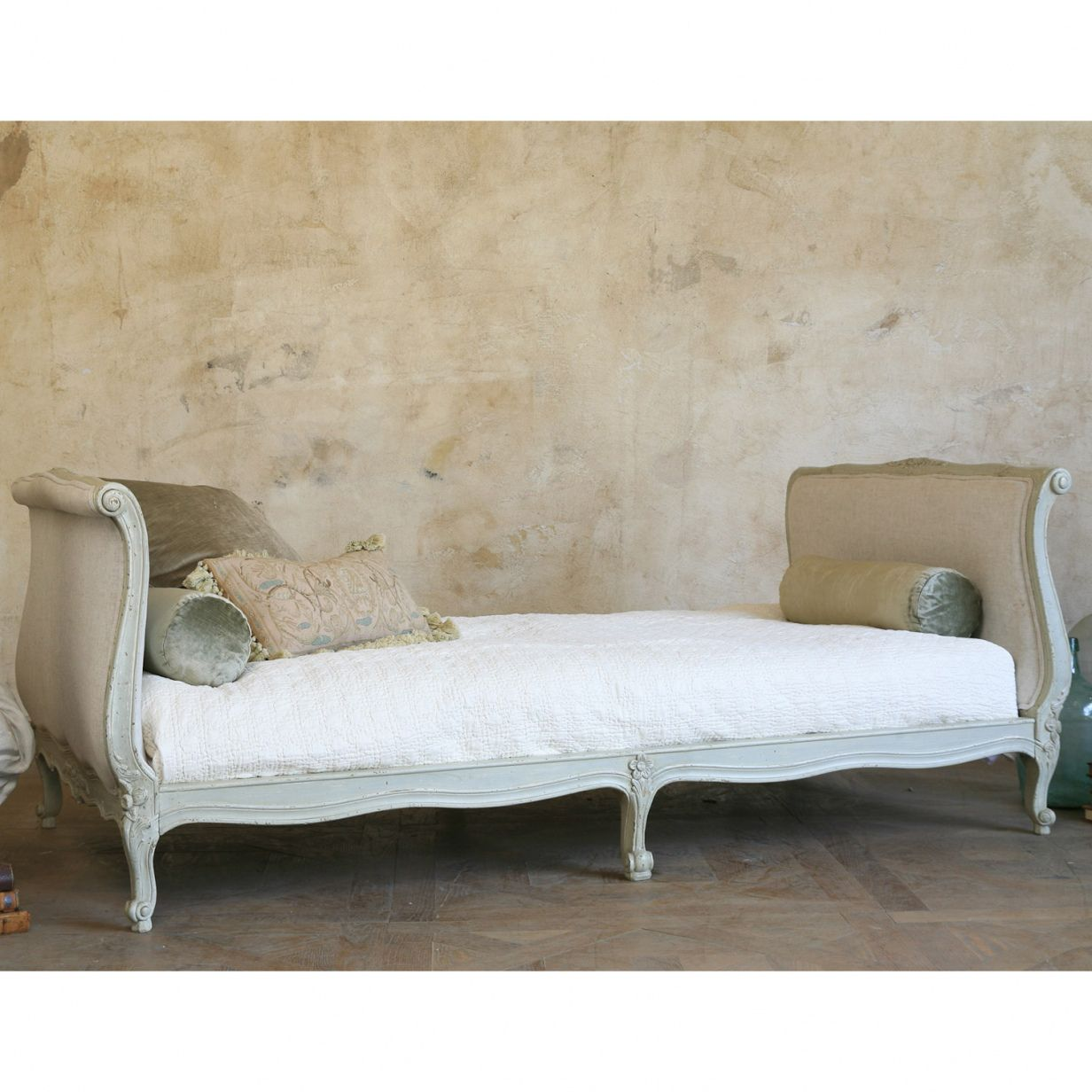 Beautiful Antique French Daybed Check More At Http Dust War
