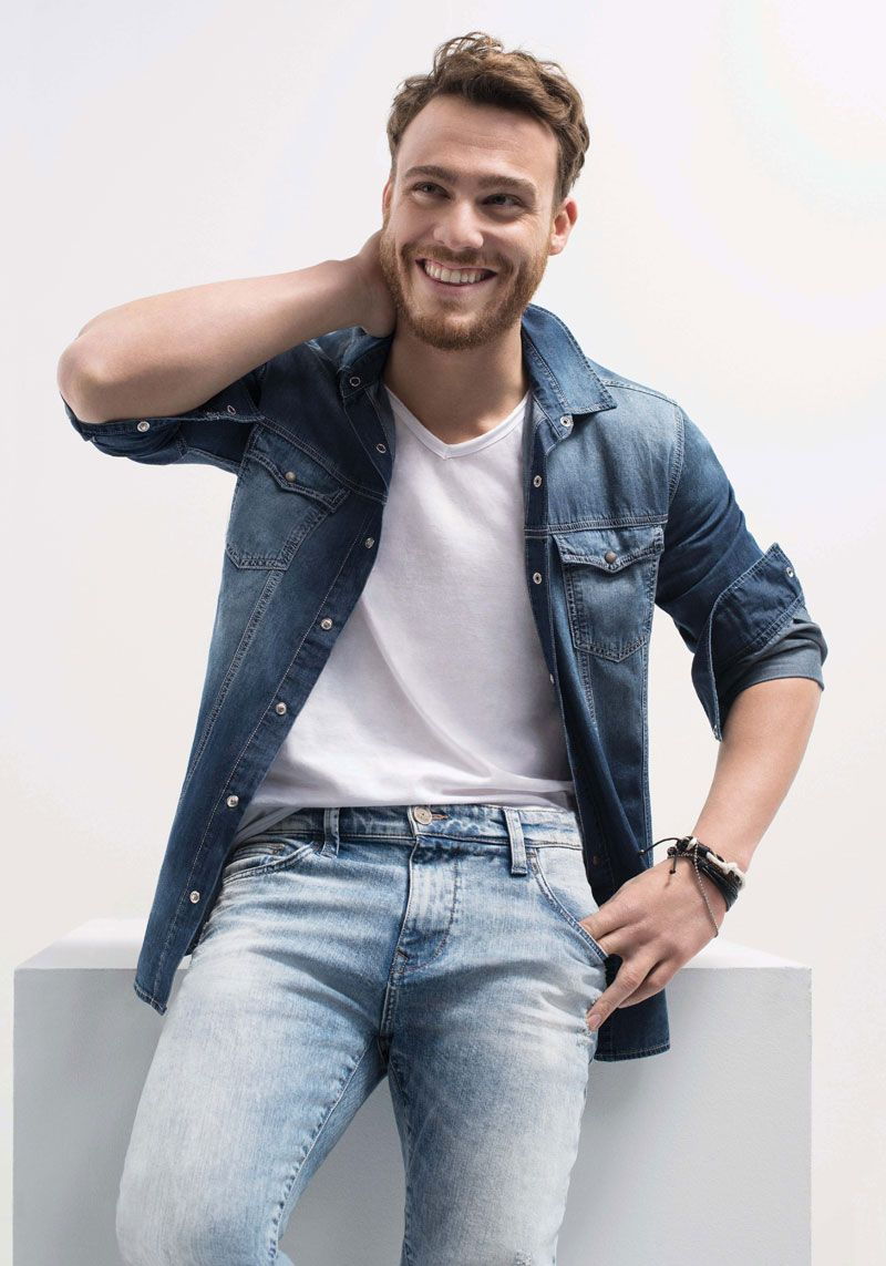 Kerem Bursin and Serenay Sarikaya have started to date after the commercial that they both starred. Their relatio… | Turkish men, Mens trendy outfits, Cinema outfit