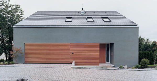 Die Weite der Rheinebene genießen können und Wohn- sowie Lebensraum für vier Menschen schaffen - das waren die Leitgedanken von baurmann.dürr Architekten b