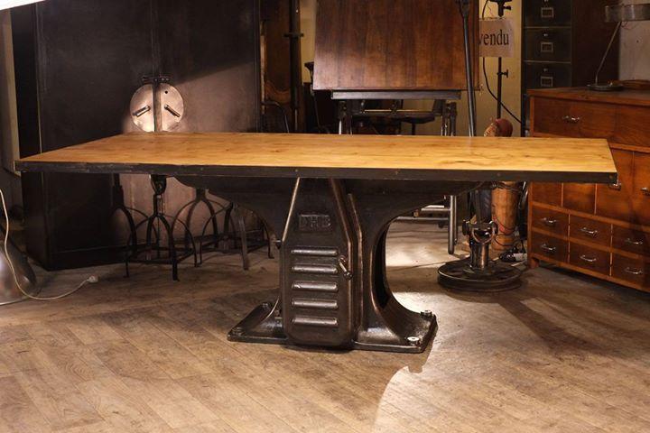 Renaud Jaylac Antiquites Brocante Toulouse Meuble Industriel Metier Meubles Industriels Decoration Maison Mobilier Design
