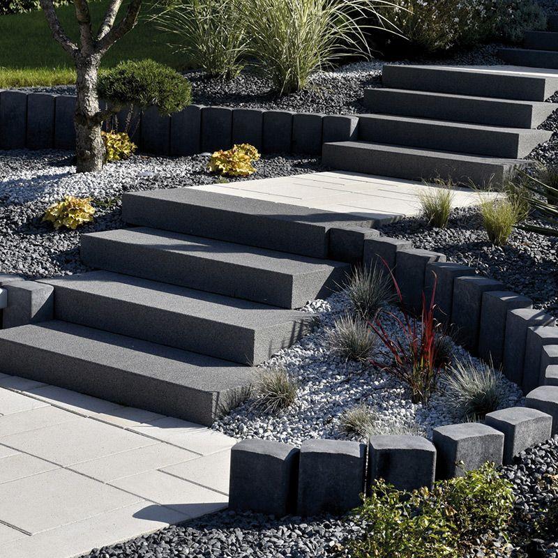 Bloc Marche Blocs Marches Escaliers Les Materiaux Escalier Exterieur Beton Amenagement Jardin En Pente Amenagement Jardin Devant Maison