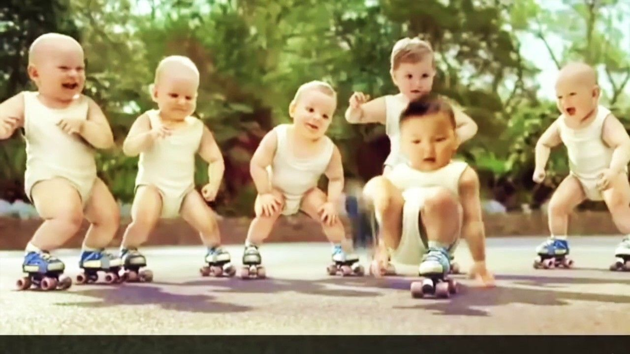 Baby dance in roller pub EVIAN and GANGNAMSTYLE in 2020 ...