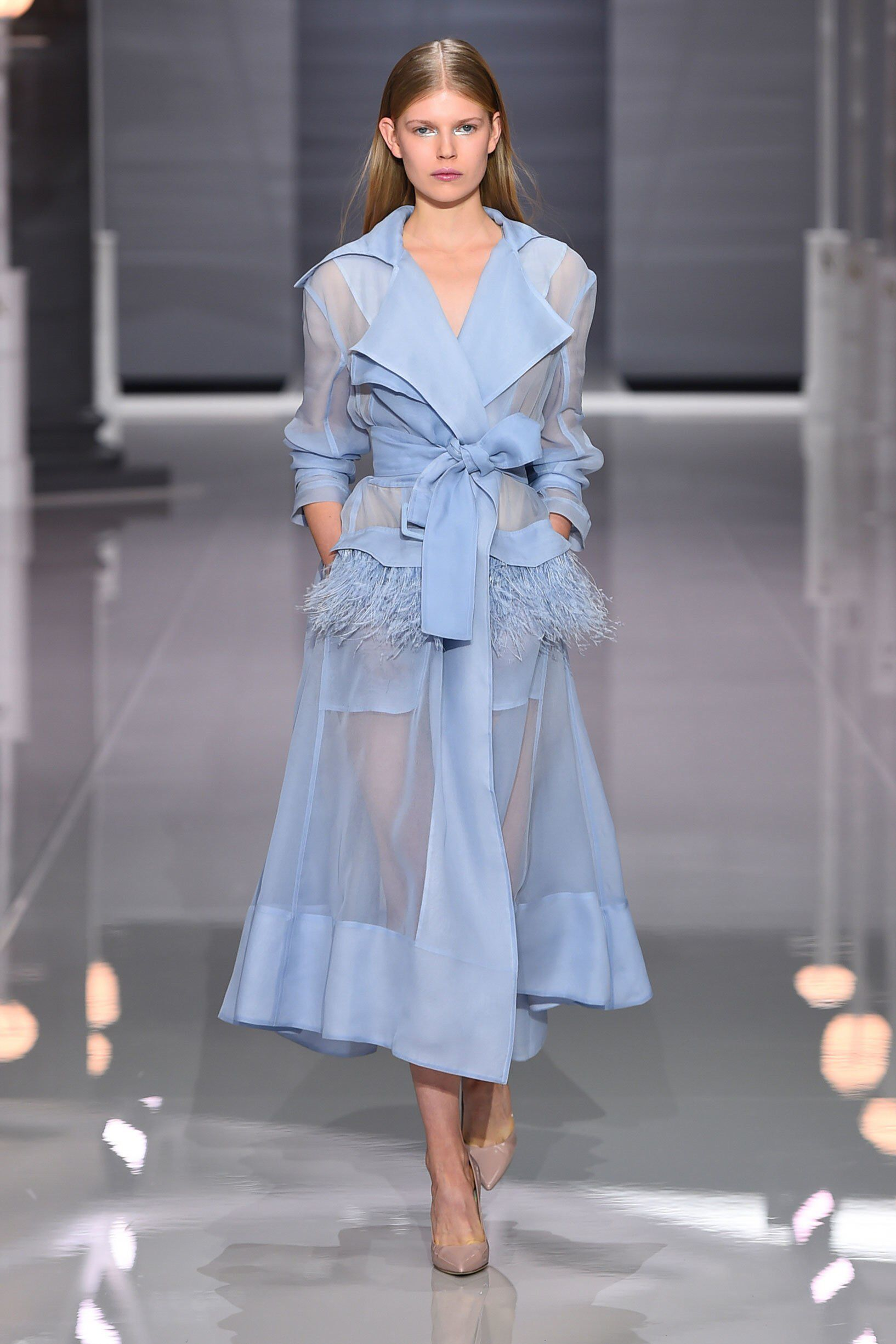 Ralph & Russo Spring 2018 Ready-to-Wear Fashion Sh