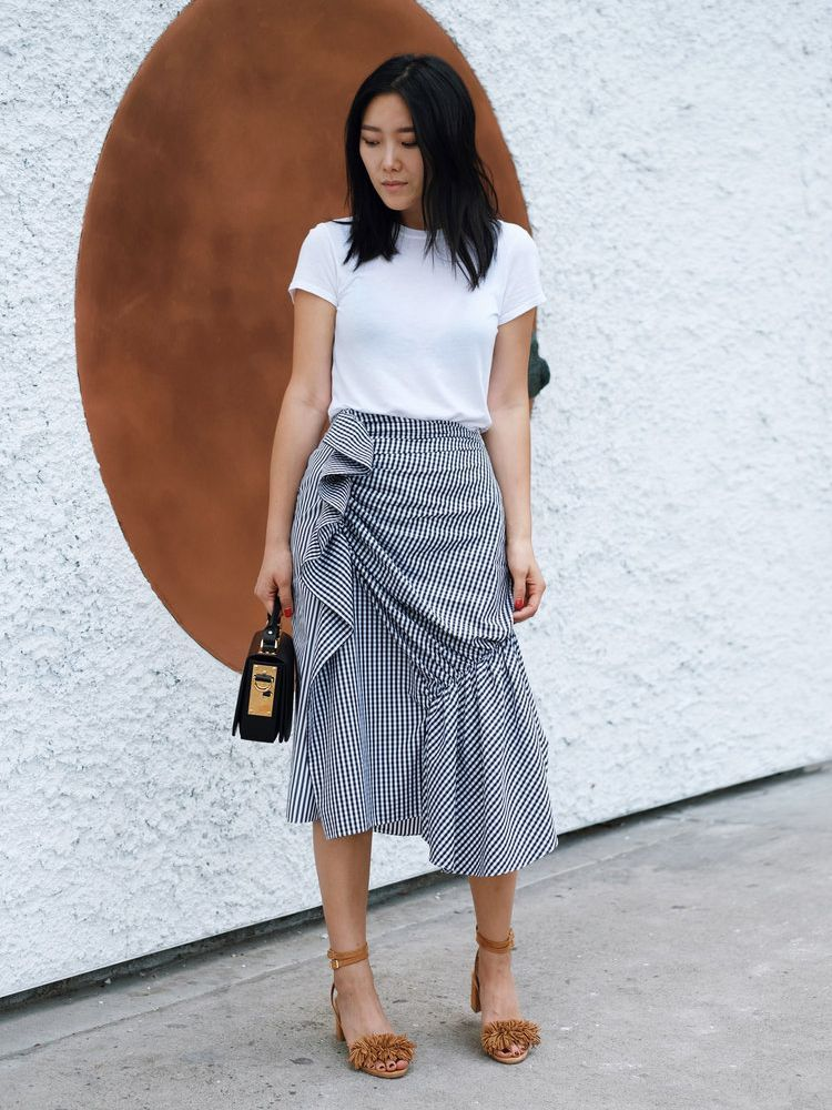 3 Ways To Style A Ruffled Skirt