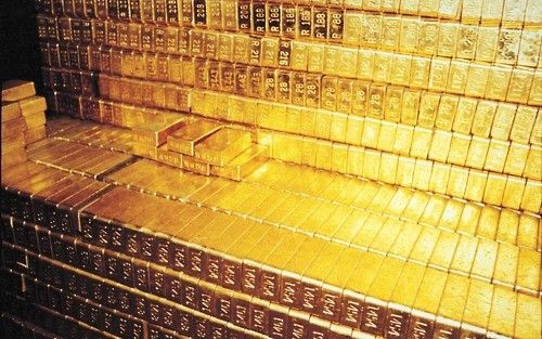 Gold Bricks | Gold bullion, Gold reserve, Fort knox gold