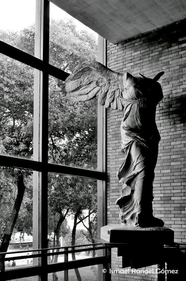 Victoria alada de samotracia facultad de arquitectura for Facultad de arquitectura una