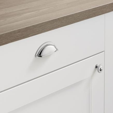 Beau Chrome Effect Decorative Handle | Kitchen Handles | Howdens Joinery My  Handles