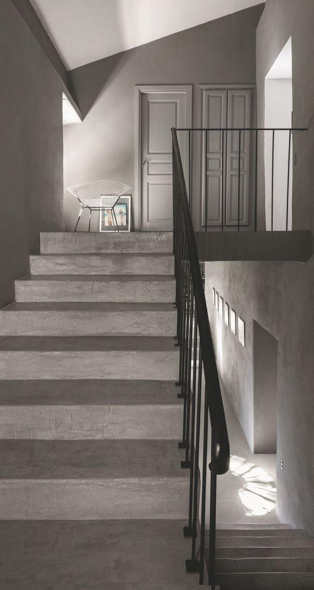Maison en Corse rénovée Étages, Escaliers et Beton ciré