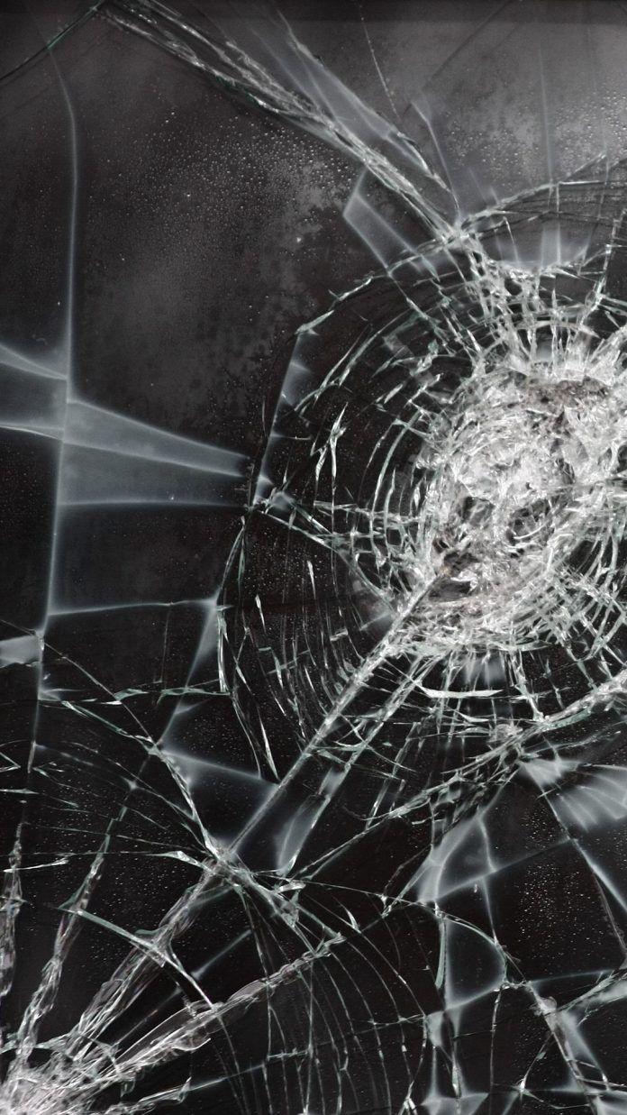 Cracked iPhone Wallpapers HD in 2020 Broken screen