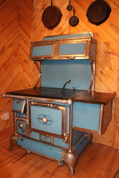 Pin By Pam Parise On Old Folk Victorian Farmhouse Stoves For Sale Antique Stove Wood Stove Cooking