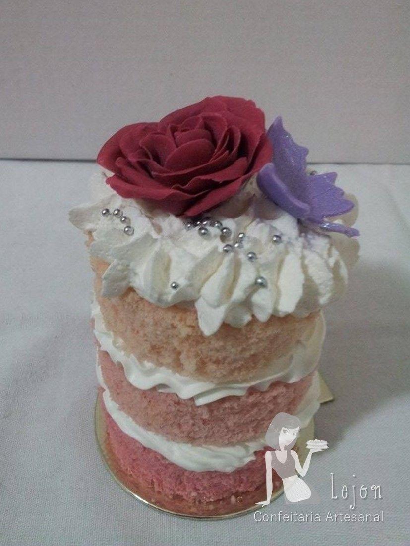 Naked cake degrade com recheio de nozes coberto com chantilly e naked cake degrade com recheio de nozes coberto com chantilly e decorado com rosa e altavistaventures Image collections