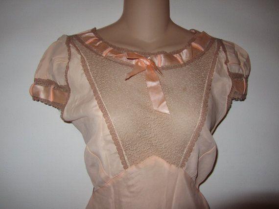 Vintage 1930s Nightgown Peach Bias Cut Size 16 by CherMyCloset