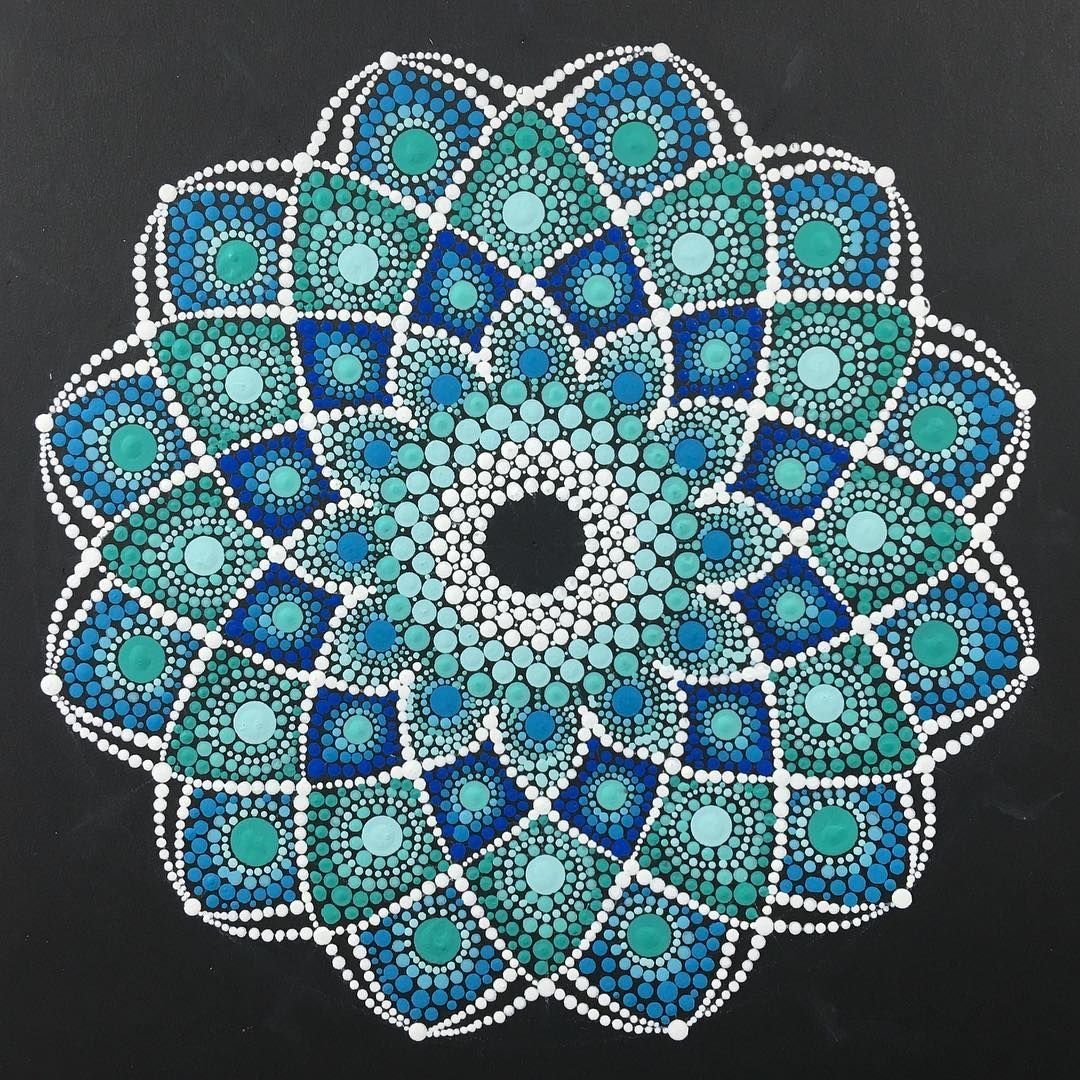 Pin By Angelica Acevedo On Puntillismo Dot Painting Mandala