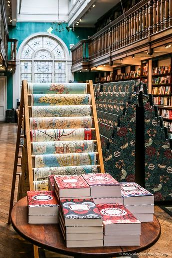 Daunt Books in Marylebone is travel themed and one of the most beautiful bookshops in London. #bookstore #london