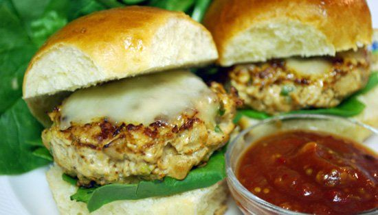 Pin for Later: 25 Great Summer Dinner Ideas For Families Mexican-Style Chicken Sliders