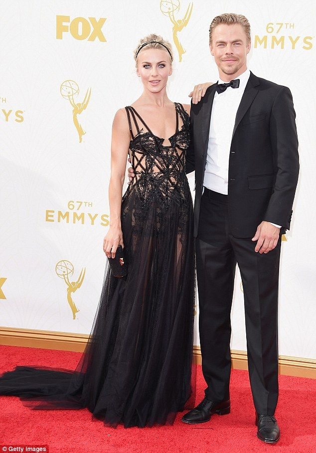 Julianne Hough Shows Off Dancer S Body In See Through Black Lace Gown Black Lace Gown Nice Dresses Julianne Hough Photo