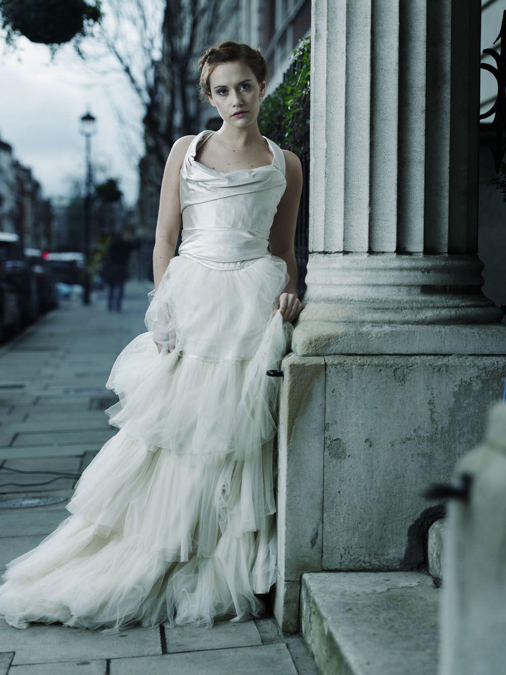 Moody bride, gothic wedding inspiration REVELRY EVENTS - WEDDING ...