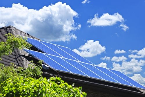 The Us Solar Market Is Now 1 Million Installations Strong Solar Solar Panels Solar Energy Panels