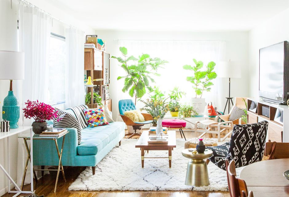 Bri Emery S House Emily Henderson Glam Living Room Colourful Living Room Mid Century Glam Living Room