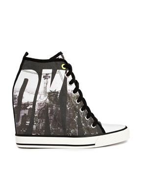 3f3417a17a1d DKNY ACTIVE Grommet Billboard Wedge Trainers MR