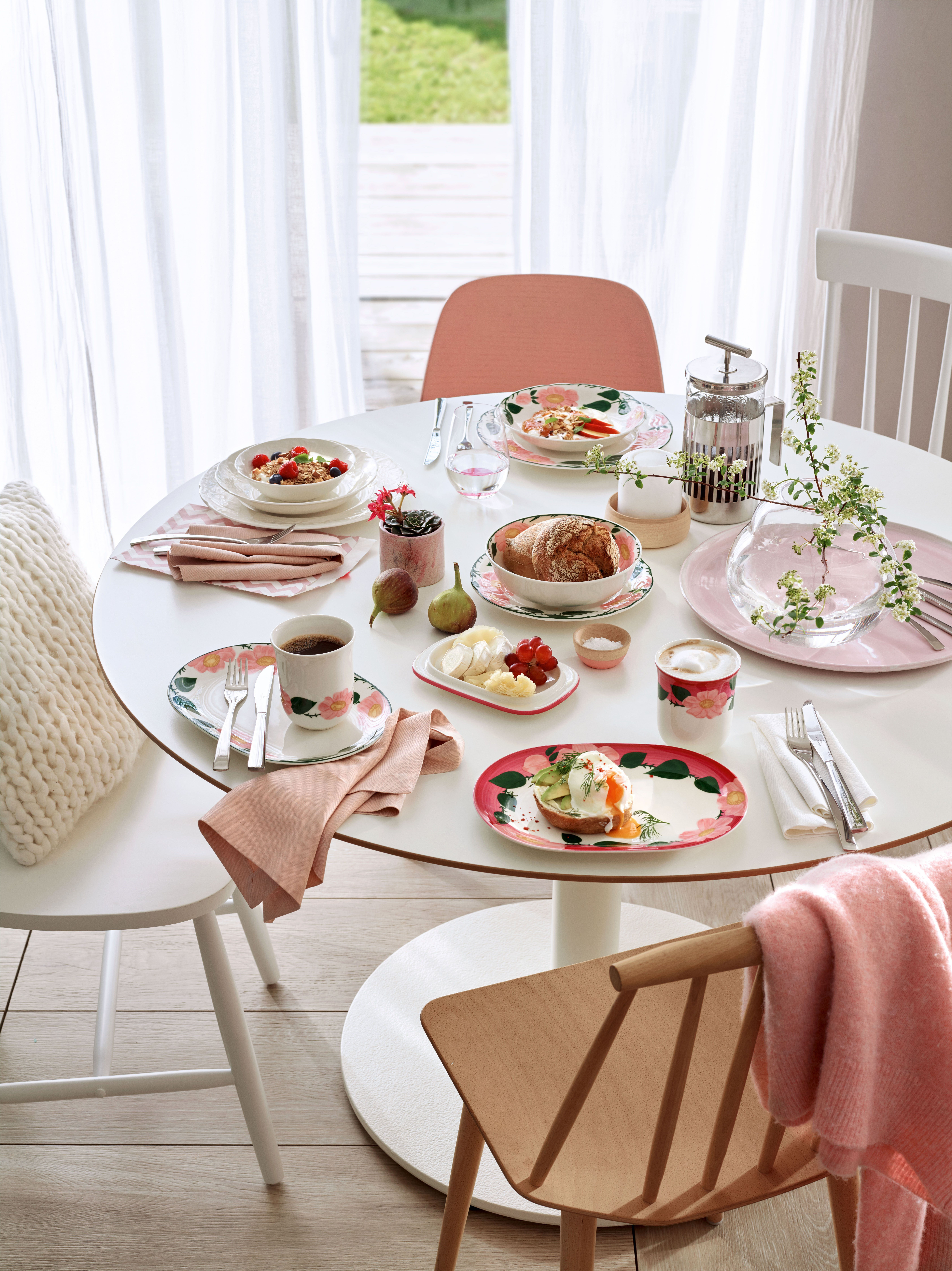 rose sauvage by villeroy boch discover our new designed collection wildrose dinnerware. Black Bedroom Furniture Sets. Home Design Ideas
