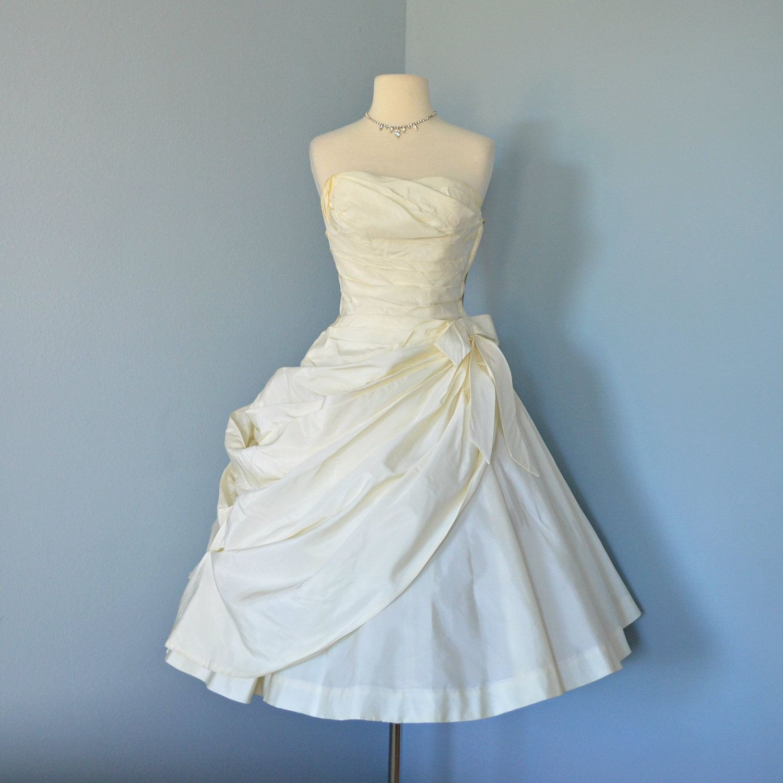 1950 Wedding Dress...Beautiful FRED PERLBERG Strapless Ivory Tafetta ...