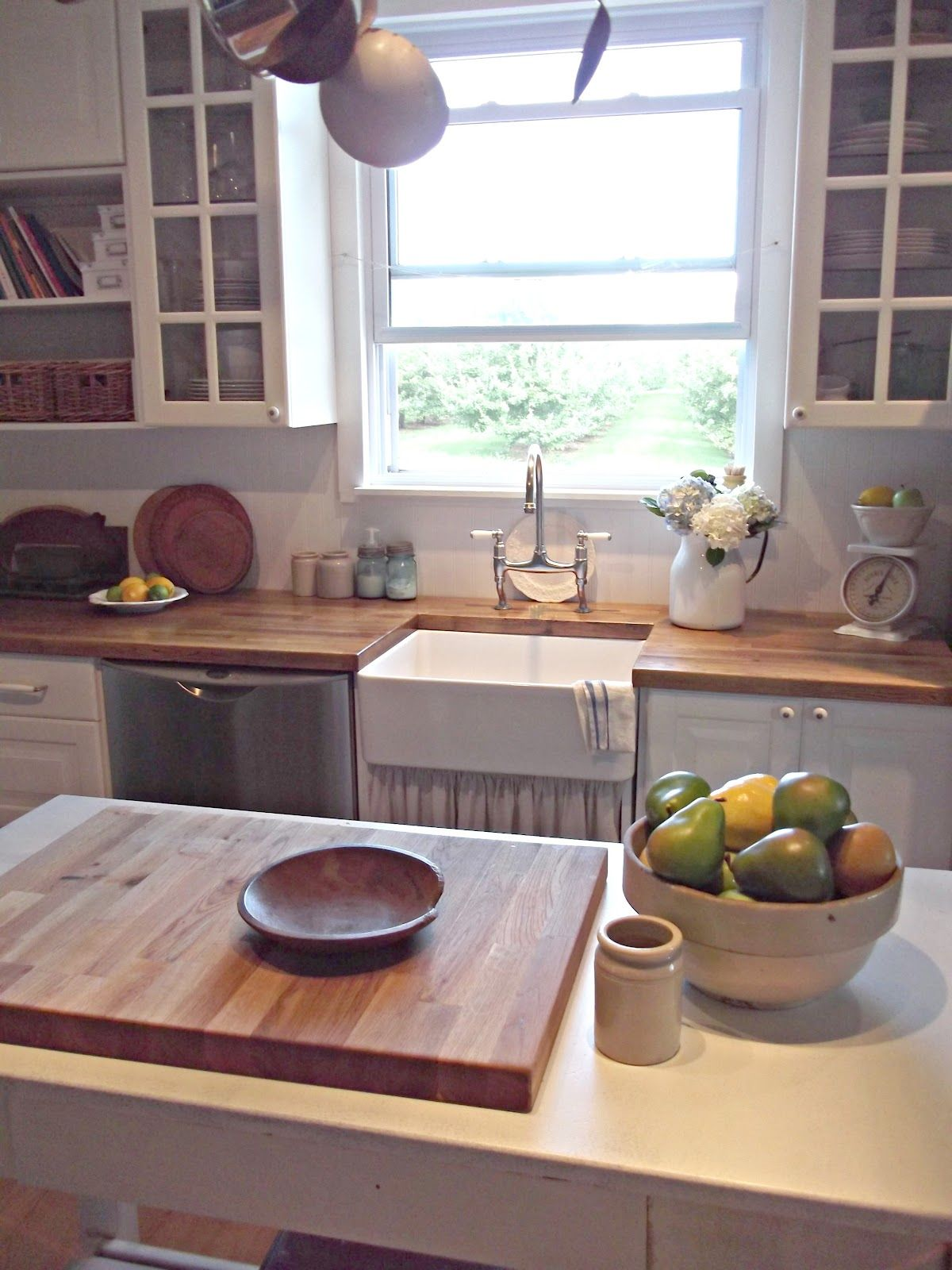 rustic farmhouse just like this steve benson mavica those countertops can be purchased at on kitchen cabinets rustic farmhouse style id=44051