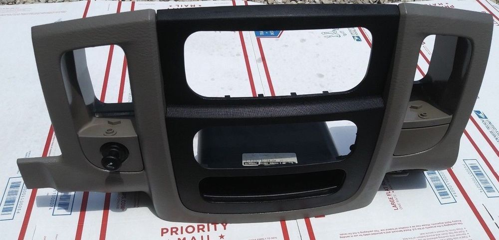 2002 2003 2004 2005 2006 Dodge Ram Dash Trim Radio Bezel Cover Surround Panel Oe Dodgeram1500 Dodgeram Mopar Chrysler Usedautoparts Autoparts