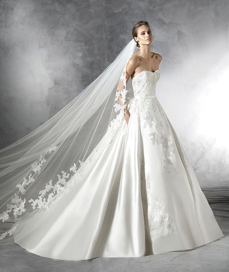primura, vestido de novia estilo princesa con pedrería | matrimonio