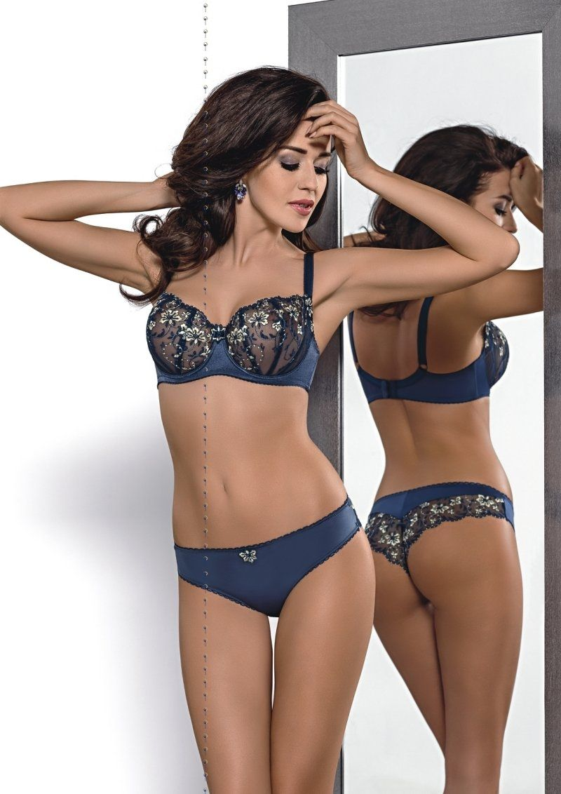 80dde0344d Gorsenia Audrey Soft Set - Beautiful soft bra balconette. Made of elegant  embroidery on a