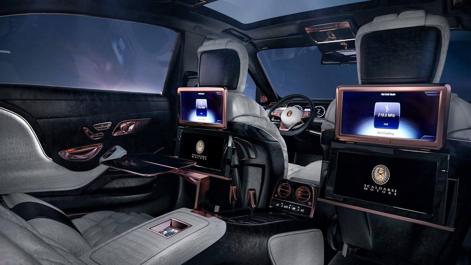 Scaldarsi Motors Maybach Based 1 5 Million Emperor I Is A Sight To Behold Carscoops Maybach Mercedes Maybach Mercedes Maybach S600