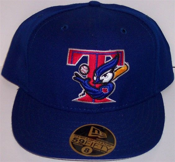 more photos 07d93 5394b This logo was prominent with the Blue Jays in 2000 Hat Storage, Toronto  Blue Jays