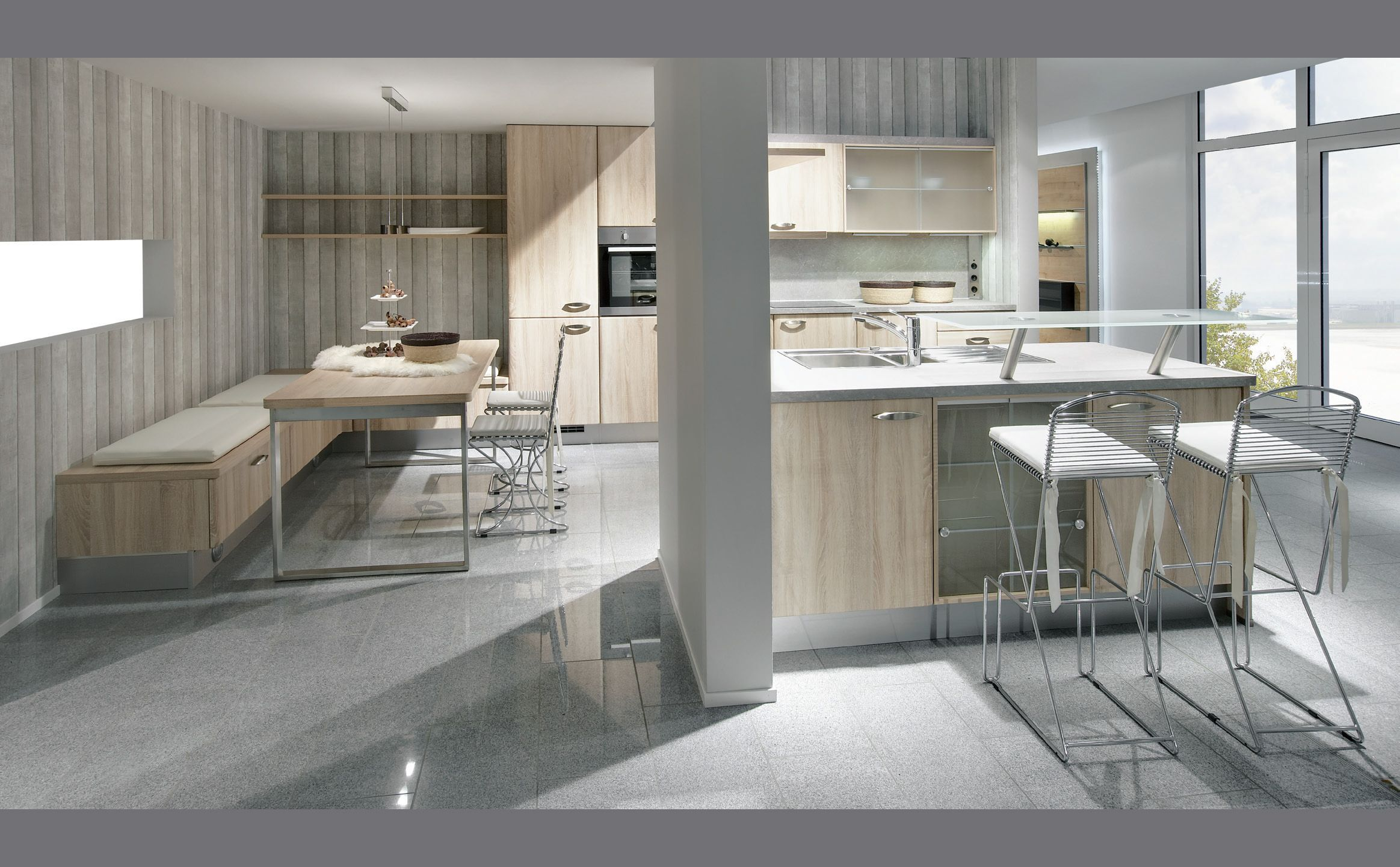 Cocina en madera y gris cocinas kitchens cocinas for Cocina de madera gris oscuro