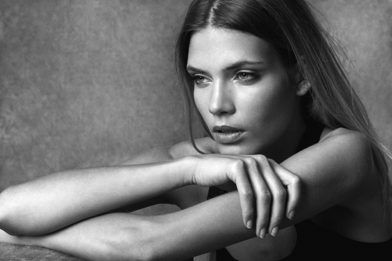 Amazing Model : Andrea Puldová @ PREMIUM Models & STAR SYSTEM  Muah : Sueva Foltzer  Photo : David Page